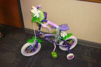 """$70 -  Almost new Tinker bell 12"""" bike. with Training wheels. Dr"""