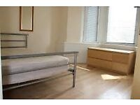 Bright double room available immediately in 3 bed flat share - near Albany & City Road