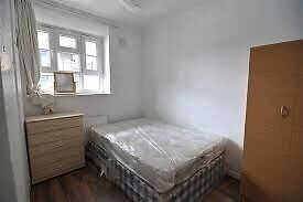amazing room available near liverpool st/bricklane. call 07761608816 asap