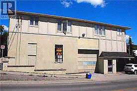 Spacious warehouse for lease in Newmarket