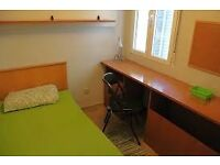 room in white chapel for single nice person to join the nice house hold 135pw