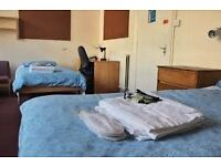 NICE AND CHEAP TWIN ROOM IN BOW ROAD, ALL BILLS INCLUDED
