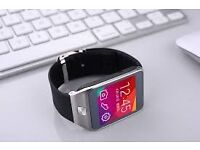 smart watch (can be linked to smart phone)(changeable straps)