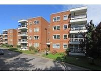 Finchley, NEWLY REFURBISHED, Hugh Purpose built flat in block with Lift, 2 Bedrooms, Spacious Rec