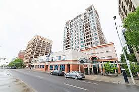 2 Bedroom Beautiful Downtown Apt/Condo Available !