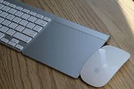 Apple keyboard, mouse and Trackpad (Boxed)