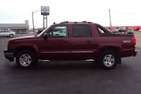 2004 CHEVROLET AVALANCHE 4X4 LIKE NEW TODAY $500 DN BAD CRED OK