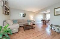 Beautiful Townhome on quiet street - North Whitby