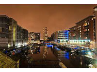 la salle clarence dock leeds 2 bed 2 bath large balcony over dock available now furnished £ 800