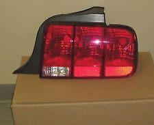 2005 - 2009 ford mustang tail lights