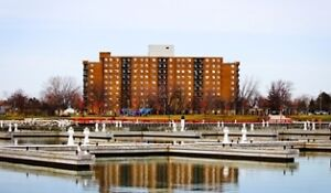 LEAMINGTON - Lakefront Windsor Region Ontario image 2