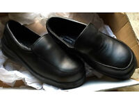 WORK SHOES SAFETY FOOTWEAR - UK SIZE 3 - BRAND NEW - STEEL TOE BUSINESS INDUSTRIAL WAREHOUSE OFFICE
