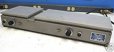 Lipshaw Mfg. Co. 374 Microscope Slide Warming Table