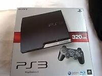 PS3 with 15 games including playstation move boxed 320g