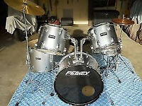 Peavey 5 piece drum kit, cymbals, chair etc