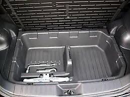 Nissan Juke Trunk Boot Compartment and Tools