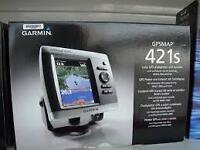 NEW Garmin 421s Marine GPS with maps and transducer
