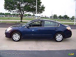NISSAN ALTIMA 2.5 S  2011 RUNS DRIVE PERFECT.