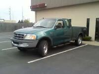 1997 Ford F-150 XL Pickup Truck 4x4 Extended Cab