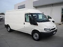 **FOR BREAKING** 2005 Ford Transit 2.4 diesel.