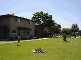 BEAUTIFUL 3 BEDROOM TOWNHOUSE AVAILABLE FOR RENT $2350+UTILITIES