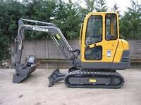 Mini digger and driver for hire throughout the East Midlands! Quality service guaranteed