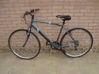 Bike - hybrid - 59-60 cm frame size