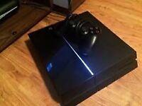 Black PS4 1 controller