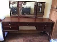 Stag Minstrel Mahogany Dressing Table, including triple mirror (Shabby Chic)