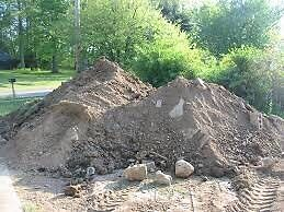Looking for dirt/fill to level property. Peterborough Peterborough Area image 1