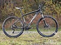 £500 Merida 18.5 inch Hardtail Mountain Bike with Shimano XT 1x11