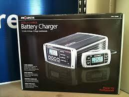 Projecta Intelli-Charge 12 volt, 35 Amp, Battery Charger