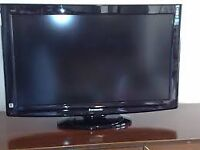 "32""PANASONIC LCD TV FREEVIEW HD GOOD CONDITION GREAT WORKING ORDER CAN DELIVER"