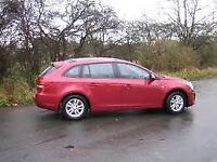 CHEVROLET CRUZE 1.8 LT 5d Estate AUTO 139 BHP (red) 2013