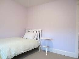 EMERGENCY ACCOMMODATION AVAILABLE IN SHARED HOUSES - NO DEPOSIT - CONTACT US TO MOVE IN TODAY!