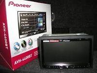Pioneer AVH 4400 BT CD/DVD Head Unit