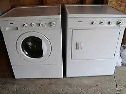 Laveuse + sécheuse / washer + dryer