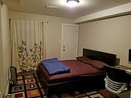 LARGE ROOM FOR RENT $525 .00 Whitby