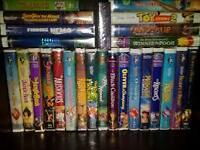 Lot de 19 films Disney sur VHS