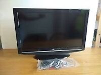 BUSH 32 INCH HD LCD TV , REMOTE , STAND , EXCELLENT CONDITION , FREEVIEW