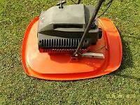 Flymo L47 Petrol Hover mower
