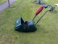 Atco Windsor 12S Elec Cylinder Lawnmower with Scarifier.