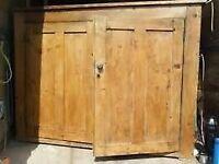 Split Pine 'Linen + Coat Cupboard 7ft x 7ft x 2ft