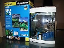Aquastart 320 Fish Tank/Aquarium in silver. With internal filter and lighting. 28L