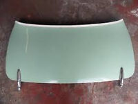 Nissan Figaro, upper boot lid with tonneau cover