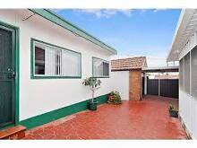 Granny flat for rent 150/week Belmore Canterbury Area Preview