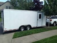 Enclosed 20ft trailer moving service