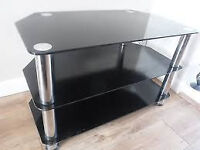 GLASS TV STAND BLACK AND CHROME EX COND