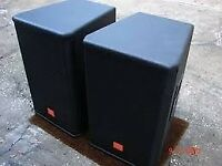 JBL MRX515 15 400W / 8 OHMS Passive speakers in very good condtion all orginal