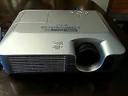 Hitachi Video Projector Kaleen Belconnen Area Preview